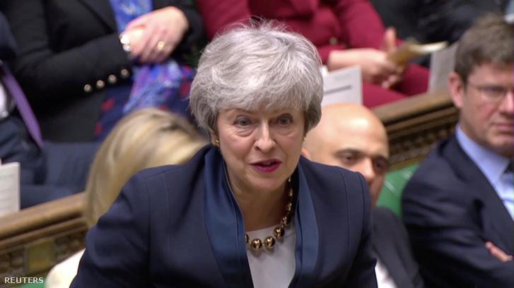 Theresa May beszél a brit alsóházban 2019. április 3-án