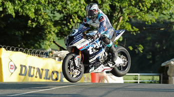 Michael Dunlop elindul a Pikes Peaken