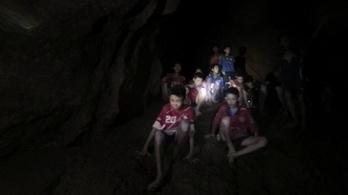 Megerősítették, hogy ketamint kaptak a thai barlangból kimentett gyerekek