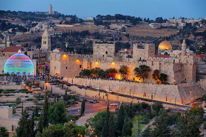 Jeruzsálemben jól megfér egymás mellett a régi és az új, az ókori és a modern stílus.