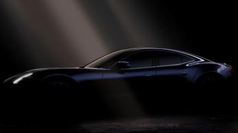 BMW-motorral tér vissza a Karma