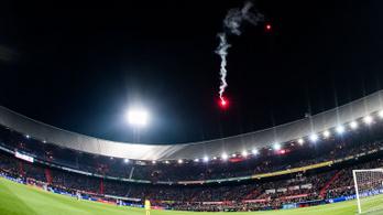 Kívülről lőtték be a tűzijátékot a stadionba a görögtűzért kitiltott Feyenoord-drukkerek