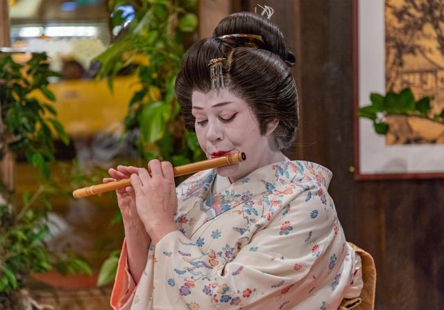 japán vendég szexpunci vad szex