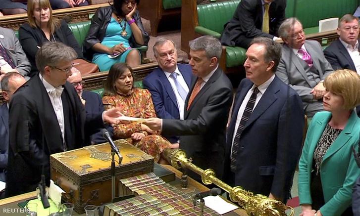 Szavazás a Parlamentben 2019. április 3-án