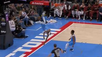 Borzasztó hátast dobott zsákolás után az NBA-kosaras