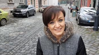 Kiállt a Fidesz mellett, Kásler Miklós most egymillióval támogatja Szandi lemezét