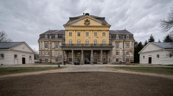 Csellel állították helyre a kastélyt Körmenden