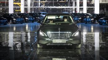 Már Oroszországban is születnek Mercedesek