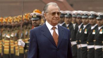 Vádat emeltek Iliescu ellen 1989-ért
