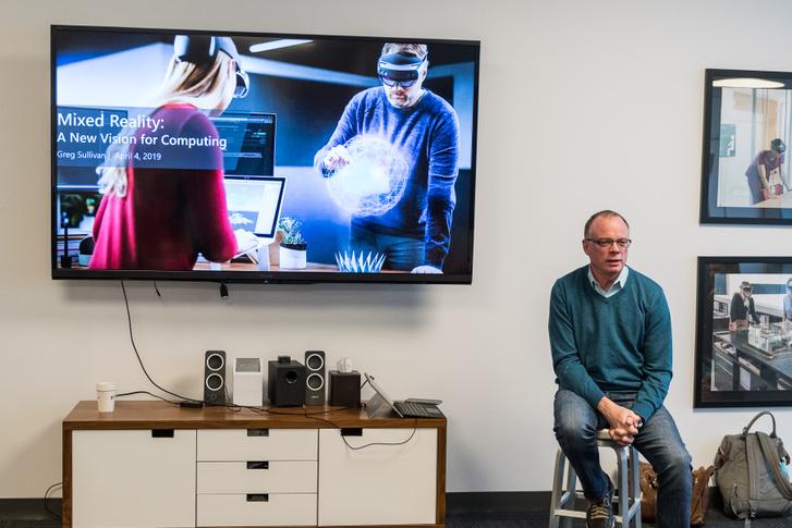 Greg Sullivan, a Microsoft kommunikációs vezetője.