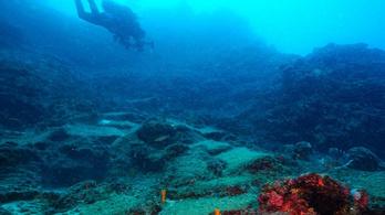 A világ legrégebbi hajóroncsát találták meg