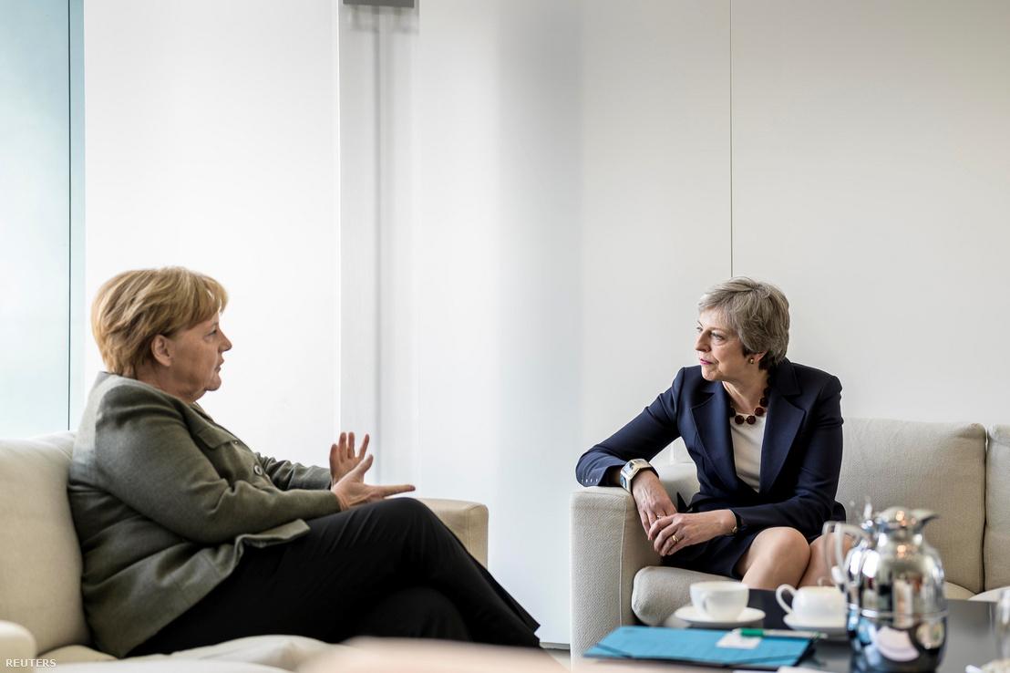 Angela Merkel és Theresa May Berlinben 2019. április 9-én.