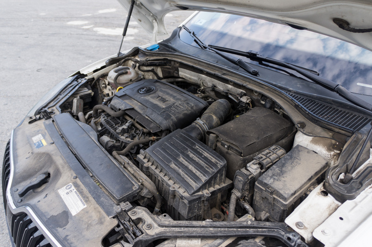 Egy Superbben még a motor is kényelmesen dőzsöl