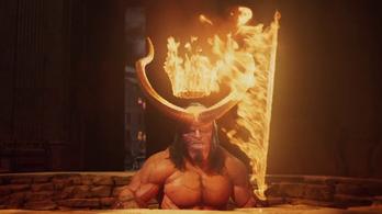 Az új Hellboynak külön bugyor járna a pokolban