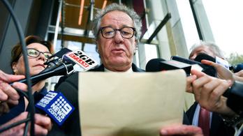 Geoffrey Rush kártérítést kap, mert zaklatással vádolták
