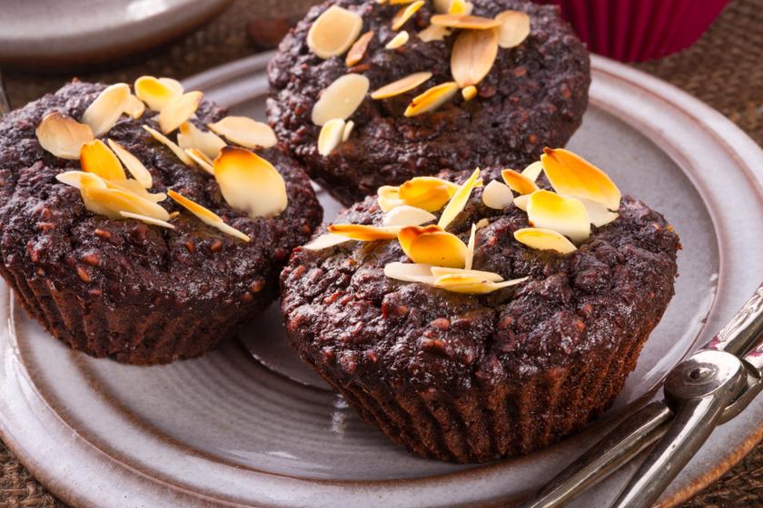 Bögrés, csokis-zabpelyhes muffin: ha gyorsan sütnél valami finomat