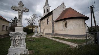 A legrégebbi magyar önarcképet egy ősi templom rejti