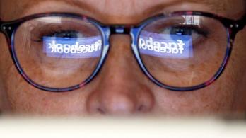 Miniszterelnökség: Fake news, hogy a Facebook szabályozására készülne a kormány