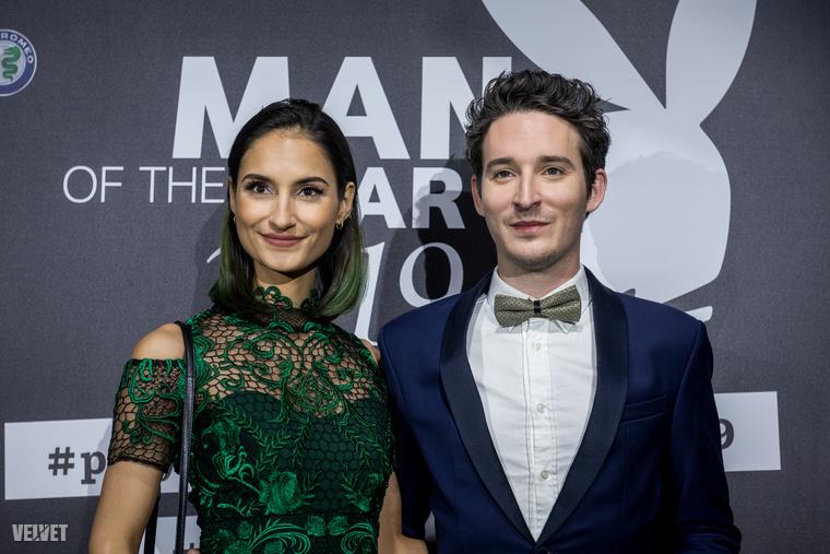 A Halott Pénz formáció második legismertebb tagja, a feleségével érkező Járai Márk az év előadóművésze kategóriában volt  jelölt