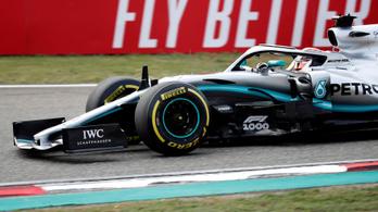 Szabálytalan a Mercedes új első szárnya, cserélniük kell