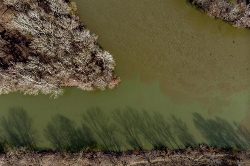 Ilyen gyönyörű a Bodrog és a Tisza találkozása: lenyűgöző légifotók hazánk álomszép vizeiről