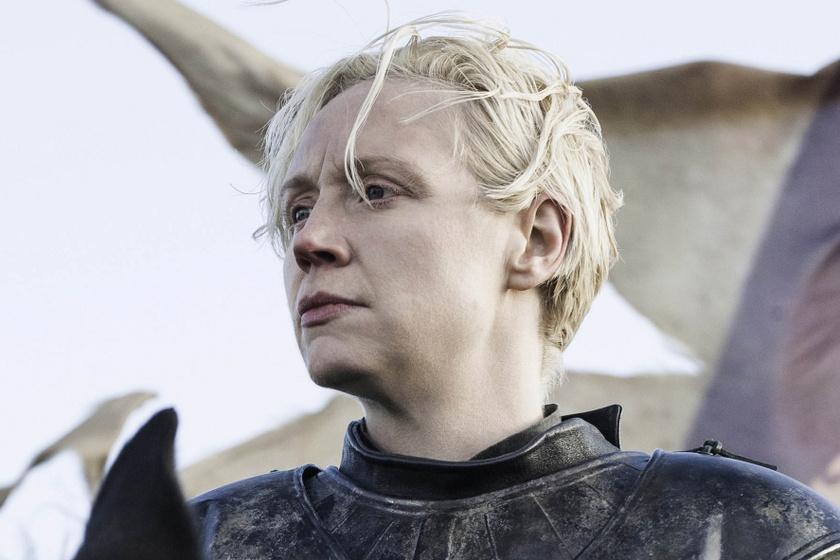 A Trónok harca csúnyácska Brienne-je a valóságban bombanő - Döbbenetes az átalakulása