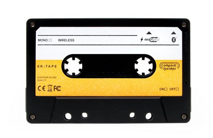 Cassette-Speaker-SUCK-UK-Front1?w=750