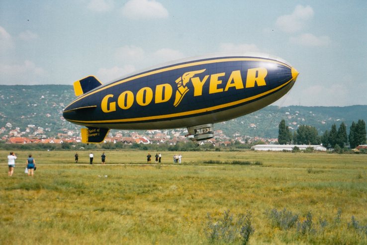 Ez nem egy merevfalú léghajó, hanem teljesen puhatestű: azóta a Goodyear áttért az úgynevezett félmerev szivar-légahajókra