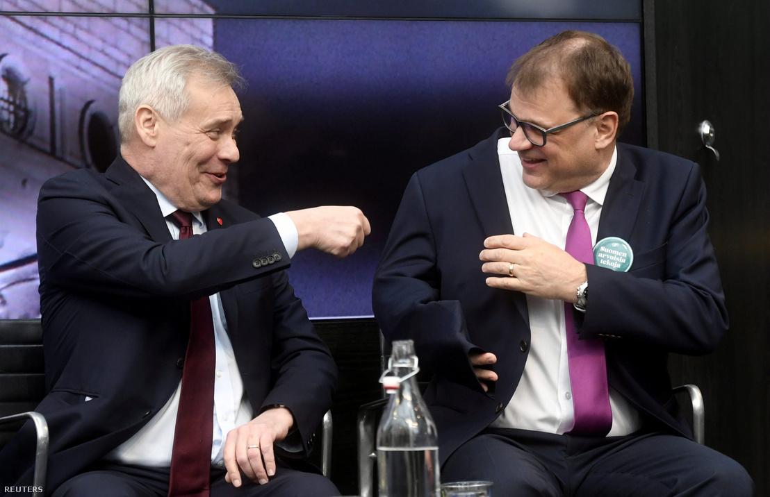 Antti Rinne, a Szociáldemokrata Párt elnöke és Juha Sipila, a Centrumpárt elnöke