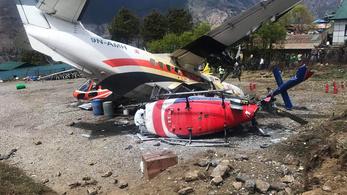 Helikopternek ütközött egy kisrepülő felszállás után a Mount Everest közelében