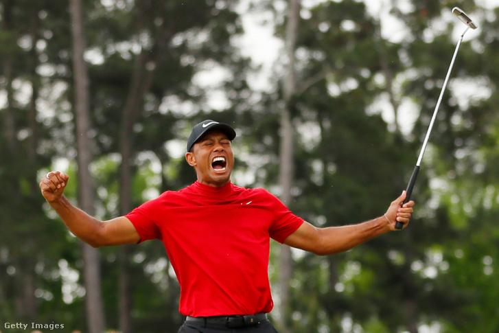 Tiger Woods ünnepli győzelmét Augustában 2019. április 14-én