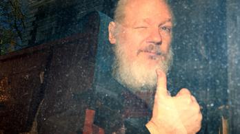 Az ecuadori elnök szerint Assange kémkedésre használta a nagykövetségen tartózkodást