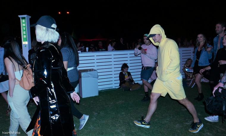 A Coachella fesztiválnak most van a huszadik évfordulója, és Katy Perry azt nyilatkozta, hogy ő ebből 17-szer részt vett a rendezvényen, régen volt, hogy beszökött a fesztiválra