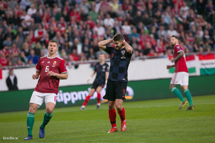 Willi Orbán (6) a Magyarország-Horvátország labdarúgó Európa-bajnoki selejtezőmérkőzésen a Groupama Arénában 2019. március 24-én.