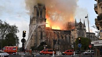Amikor lángok marták Európa katedrálisát