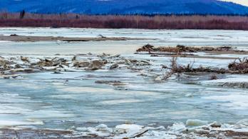 Még soha nem olvadtak ilyen korán az alaszkai folyók