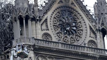 Szeged tízezer eurót ajánlott fel a Notre-Dame újjáépítésére