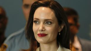 Angelina Jolie törölte nevéből Brad Pittet