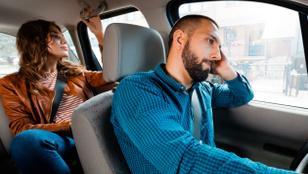 Egy 20 éves lány Uberrel akart abortuszra menni, de amikor a sofőr megtudta, hogy hova lesz a fuvar, nem vitte tovább