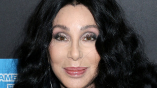 Cher évtizedek után bevallotta, hogy első hallásra nem tetszett neki az egyik legnagyobb slágere