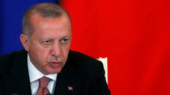 Erdoğan iszonyatosan befeszült a választási vereség miatt