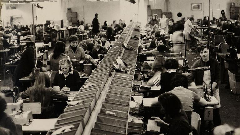 A cipőgyár, amiért feláldozták a márványoszlopot