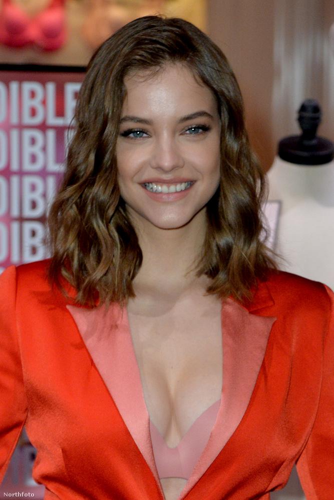 A modell már múltkor elkezdte népszerűsíteni a Victorias Secret fehérneműit és fürdőruháit.
