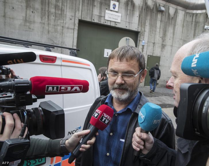 Mihail Bocskarev nyilatkozik újságíróknak Oslóban 2018. október 19-én mituán szabadon engedték az őrizetből