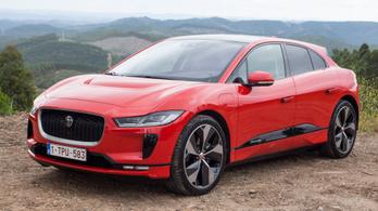 Még egy Év Autója díjat nyert a Jaguar