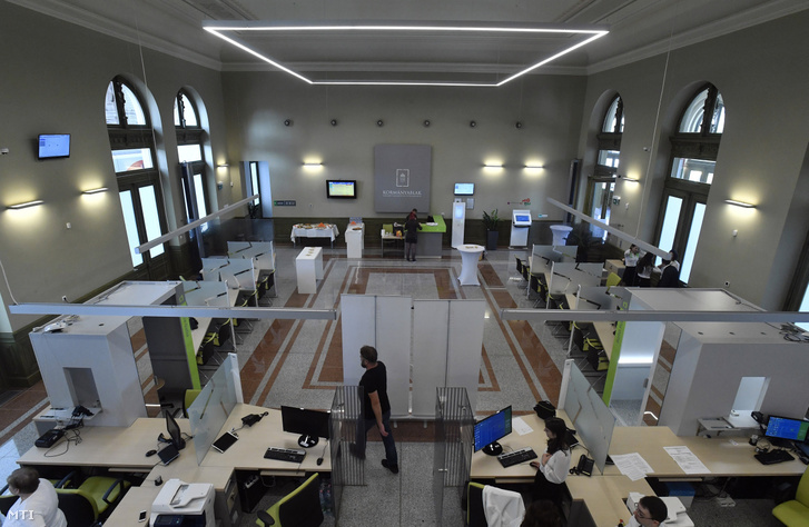 Government office at Keleti railway station