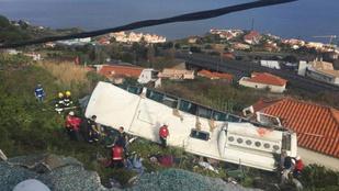Felborult egy turistabusz Madeirán, többen meghaltak