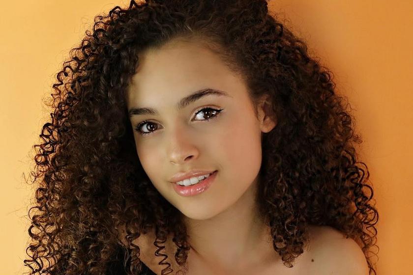 Váratlanul elhunyt a 16 éves színésznő - Értetlenül állnak a tragédia előtt