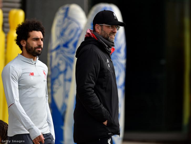 Mohamed Salah, a Liverpool játékosa és Jurgen Klopp, a Liverpool vezetőedzője
