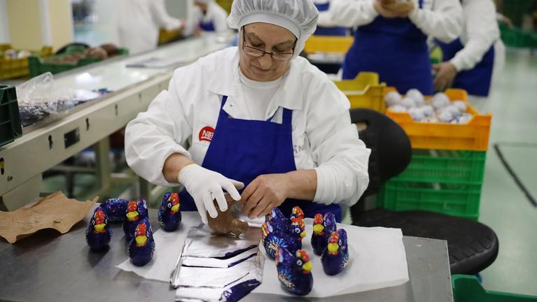 Magyar gyárban készülnek Európa csokinyulai